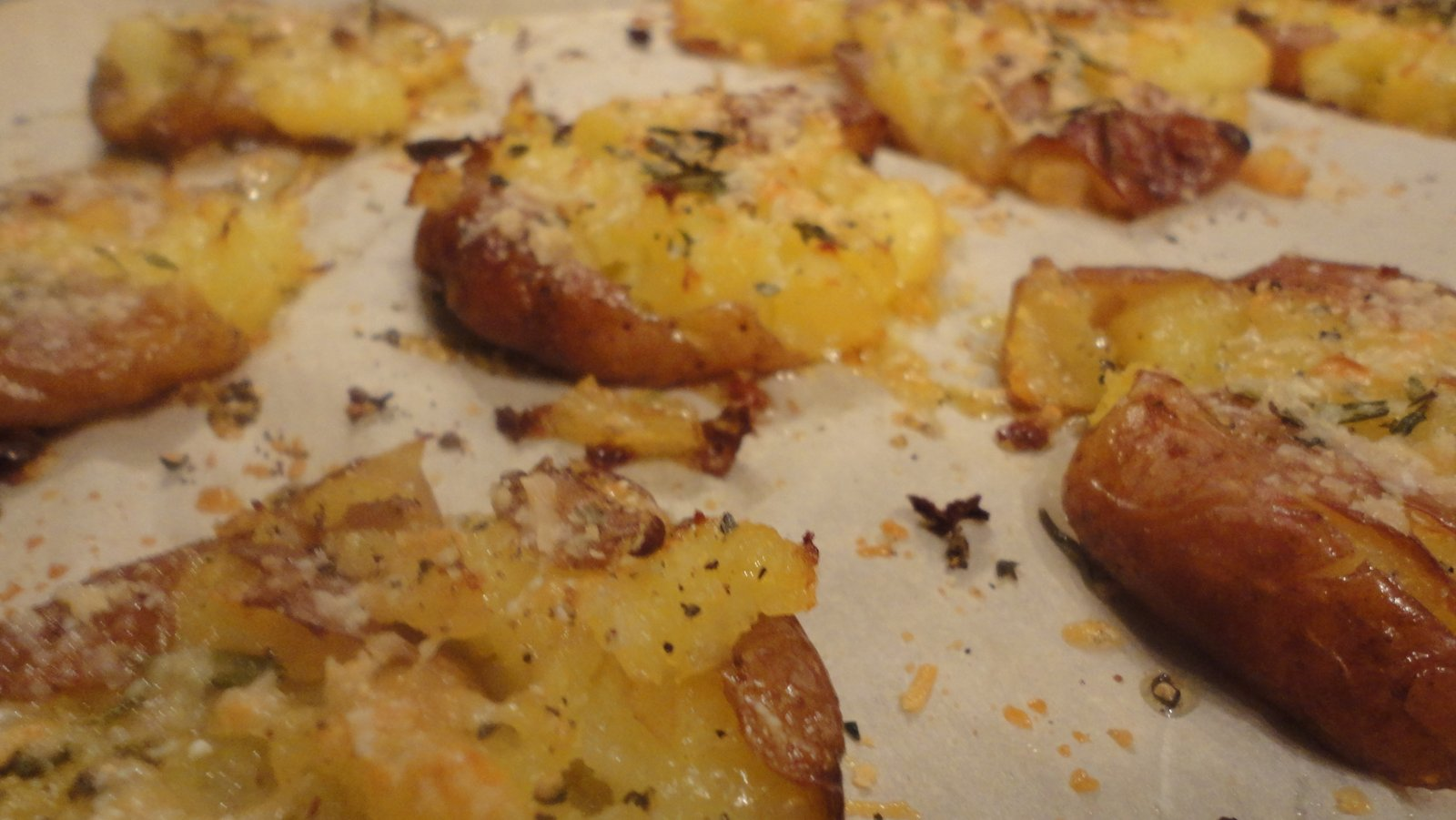 Crispy Smashed Roasted Potatoes Recipe — Dishmaps